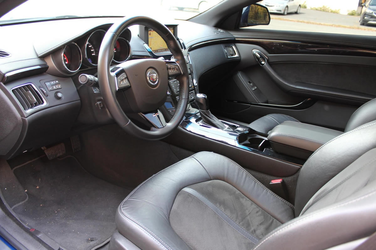 2012-cadillac-cts-v-coupe-opulent-blue-22.jpg