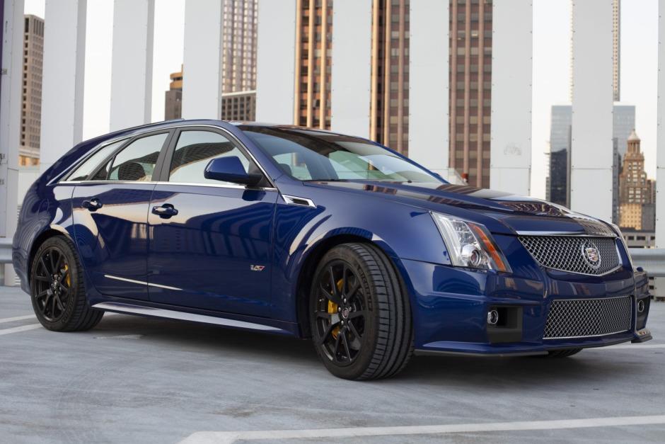 2012-cadillac-cts-v-wagin-opulent-blue.jpg