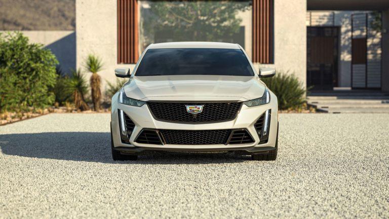 2022-Cadillac-CT5-V-Blackwing-in-Rift-Metallic-GRW.jpg