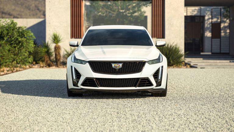 2022-Cadillac-CT5-V-Blackwing-in-Summit-White-GAZ.jpg