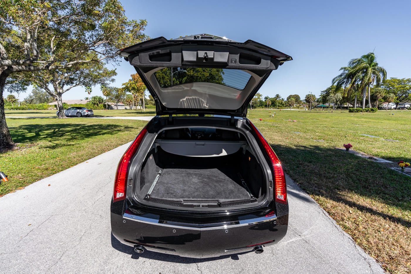 2014 Cadillac CTS-V Wagon in Black Diamond Tricoat