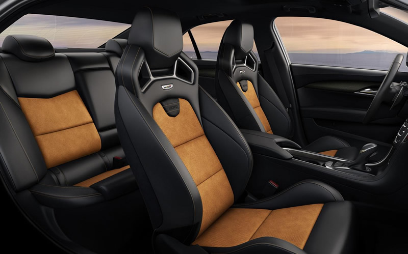 2016-Cadillac-ATS-V-recaro-seats