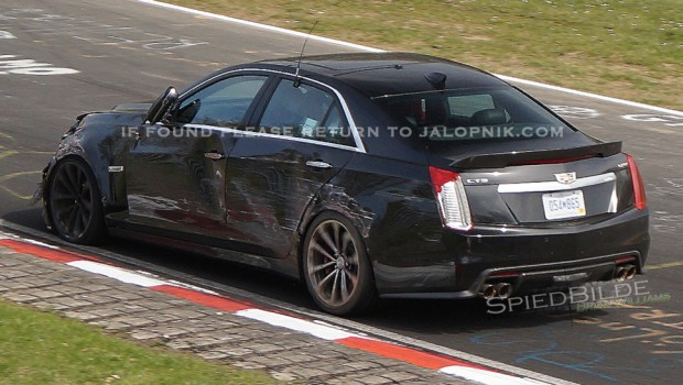 2016 Cadillac CTS-V Prototype Crashes on the Nurburgring