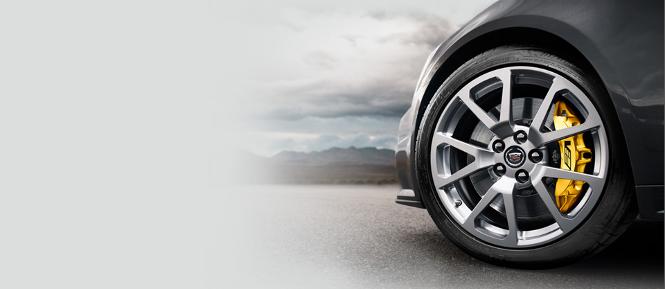 Product reviews and evaluations related to the tires and wheels on the Cadillac V-Series.